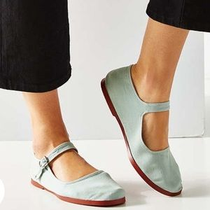 ⭐️NWOT⭐️ Urban Outfitters Mary Janes